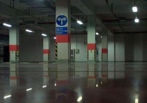 停车场就地面翻新改造